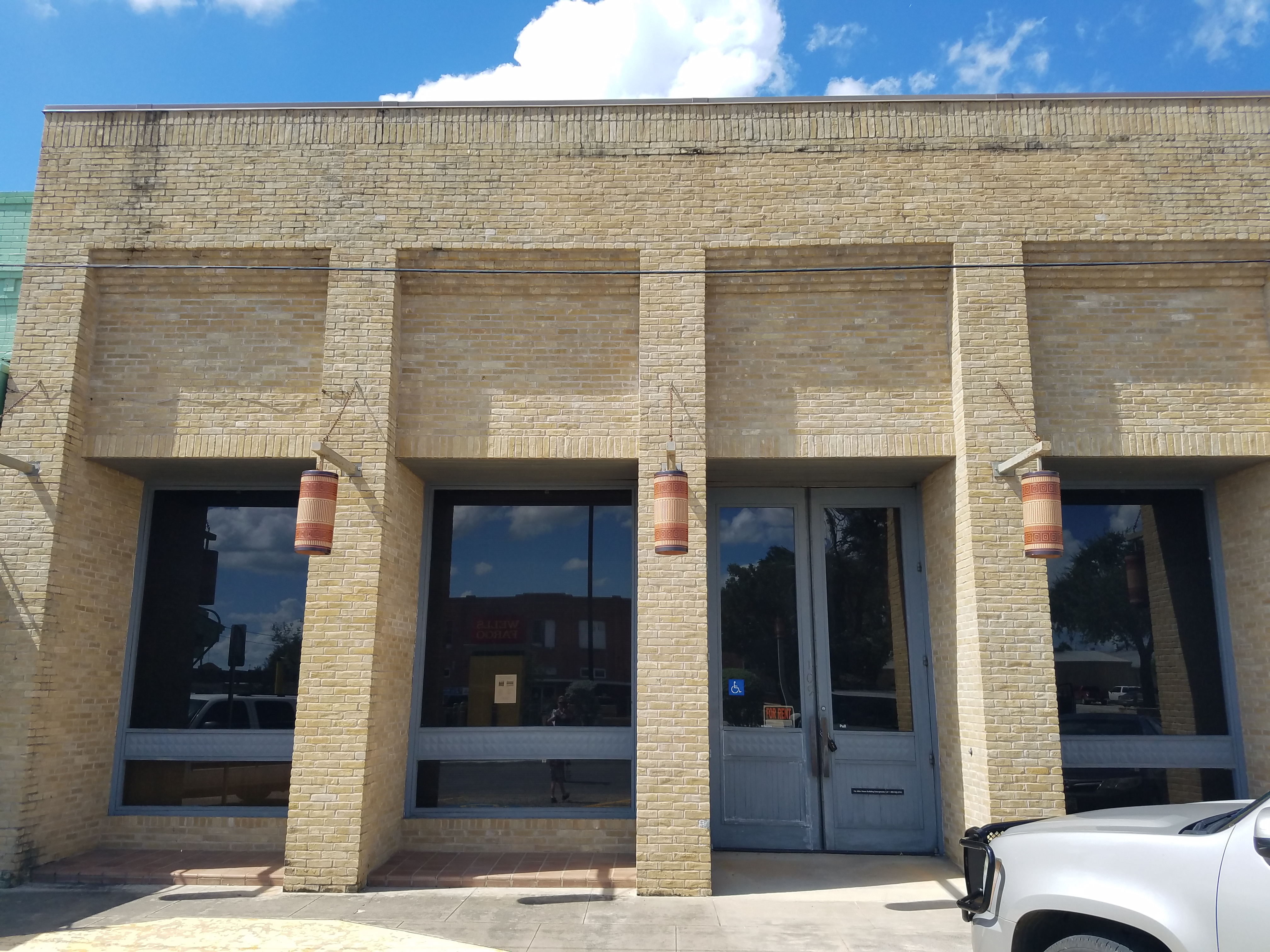 Office for Lease in Poth